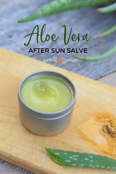 After Sun Lotion Recipe This after-sun salve recipe is a necessity to re-hydrate and soothe your skin. Homemade After-Sun Salve Recipe Crème Aloe Vera, Aloe Vera Creme, After Sun, Homemade Moisturizer, Homemade Skin Care, Homemade Facials, Homemade Beauty, Homemade Blush, Homemade Products