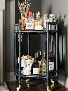 Waiting on Martha blogger Mandy Kellogg Rye decks out her bar cart in Nate Berkus designs. You're not going to want to miss this.