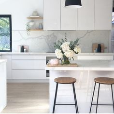 """1,297 Likes, 53 Comments - Simple Style Co. (@simplestyleco) on Instagram: """"Soooooo in love with @cathodonnell16's gorgeous home - seriously...that kitchen  Swipe  to see…"""""""