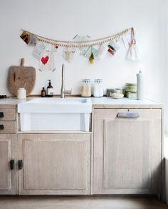 Kitchen of a dresser   Styling @cscheulderman   Photographer Jeltje Janmaat   vtwonen April 2013
