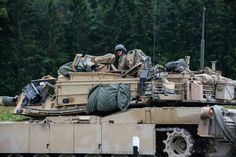 M1 Abrams, Combat Gear, Military Vehicles, Armour, Modern, Tanks, Pictures, Body Armor, Army Vehicles