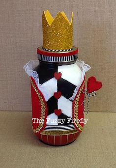 Hecho a mano Reina de corazones decoración por TheFuzzyFirefly
