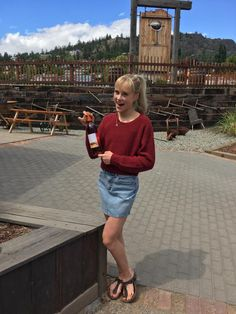 How Skate Canada Athletes Explore Kelowna Lakeside Dining, Skate Canada, Ice Dance, Fish Swimming, Dance Photos, Looking Forward To Seeing, Walking By, Athletes, Explore