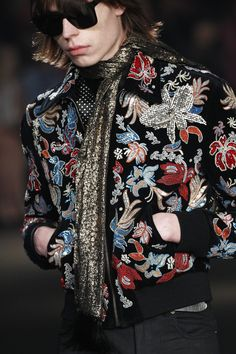 "monsieurcouture: "" Saint Laurent F/W 2016 Menswear Los Angeles Fashion Show High Fashion, Runway Fashion, Fashion Show, Fashion Looks, Mens Fashion, Fashion Outfits, Fashion Design, Fashion Wear, Fashion Styles"