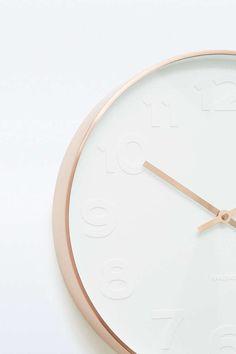 Horloge en cuivre - Urban Outfitters