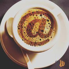 Un caffè per svegliarsi alla grande anche di domenica! La sera leoni e la mattina....  #caffe #coffee #coffeeplease #breakfast #sunday #colazione #domenica #april #aprile #sleep #web #website #online #agency #agencylife #team #work #project #picoftheday #bestoftheday #photooftheday #milan #milano #womboit