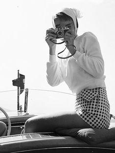 "gregorypecks: """"Audrey Hepburn in "" "" Audrey Hepburn Photos, Audrey Hepburn Style, Katharine Hepburn, Viejo Hollywood, Old Hollywood, Retro Fashion, Vintage Fashion, Vintage Style, Ferrat"