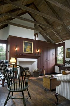 farmhouse interior early american decor inside this vintage farmhouse seems perfect like. Black Bedroom Furniture Sets. Home Design Ideas
