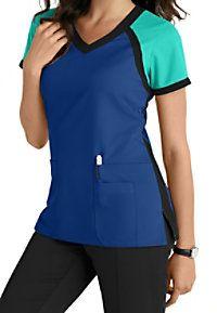 Greys Anatomy 3 Pocket Color Block V-neck Scrub Tops Main Image Más Scrubs Outfit, Scrubs Uniform, Stylish Scrubs, Cute Scrubs, Greys Anatomy Scrubs, Greys Anatomy Uniforms, Medical Uniforms, Nursing Uniforms, Womens Scrubs