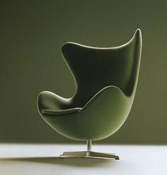 Arne Jacobsen Egg lounge chair with ottoman, 1958 for Fritz Hansen, Denmark. / Woon Home Chair Design, Furniture Design, Plywood Furniture, Poltrona Design, Arne Jacobsen Chair, Green Armchair, Color Of The Year 2017, Fritz Hansen, Modern Furniture