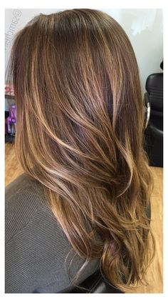 Hair Color Streaks, Hair Color Balayage, Hair Highlights, Blonde Balayage, Blonde Color, Medium Brown Hair With Highlights, Brunette Color, Short Straight Hair, Straight Hairstyles