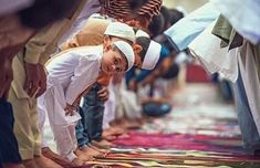 """🌷🌻The Prophet ﷺ said: """"Command your children to perform As-Salah at seven years of age, and beat them for (not offering) it at the age of ten."""" [ Source: Abu Dawud.]  #Islamkingdom"""