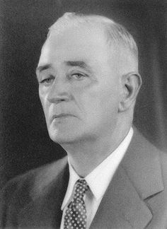 President Edward Gordon Walsh 1932-1933  Mr. Walsh was born November 3, 1880, in Dublin, Ireland. He attended public schools in Ireland and later private and public schools in Boston, Massachusetts. San Antonio has been his home since 1913 when he came here from Boston.