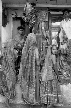 Henri Cartier-Bresson     Ahmedabad, Gujarat, India     1966