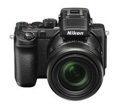 Die dritte DL-Kamera, die DL24-500: Gedacht war sie wohl als Zweitkamera für DLSR-Besitzer. (Foto: Nikon)