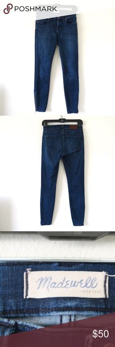 """[Madewell] Skinny Jeans with Zipper Item is in very good condition. Very minor flaws will be pictured if any. See photos. There is a zipper on the leg.   Approximate flat measurements:  Length: 35""""  Inseam: 26""""   I do my best to check for holes and stains and describe items accurately. Any flaws are noted and photographed. Please see measurements for sizing.   H26 Madewell Jeans Skinny"""