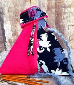 SCOTTIE COUTURE BAG Pink Felt Pyramid Style Project Bag Knitting Crochet Craft Cosmetic Makeup Storage Organiser Hook Holder Handmade Gift