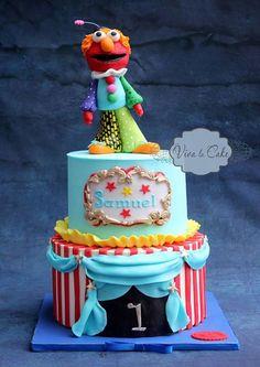 Elmo's circus
