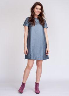 Джинсовое платье трапеция с блестящим напылением