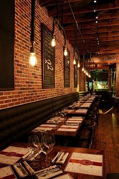 Banquette seating restaurant interiors banquet 45 Ideas for 2019 Deco Restaurant, Restaurant Seating, Industrial Restaurant, Restaurant Lighting, Restaurant Ideas, Restaurant Equipment, Pub Interior, Bar Interior Design, Restaurant Interior Design