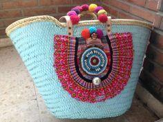 capazos Diy Straw, Beach Basket, Accessorize Shoes, Cigar Box Purse, Flower Bag, Art Bag, Straw Tote, Jute Bags, Boho Bags