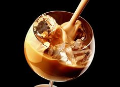 Creative action photography: 11 amazing beverage images. «Photigy: Online Studio Photography Lessons