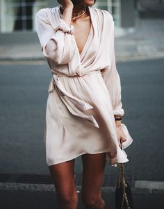 Pale blush wrap dress | @styleminimalism