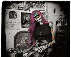 skeleton dressed