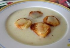 Sajtkrémleves Soup Recipes, Cake Recipes, Hungarian Recipes, Hungarian Food, Cheeseburger Chowder, Nom Nom, Bacon, Food And Drink, Eggs