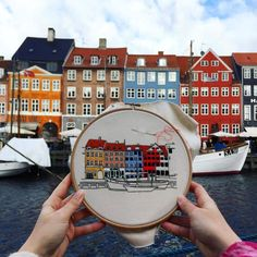 Travelers documenting through embroidery  Architecture embroidery by Elin Petronella