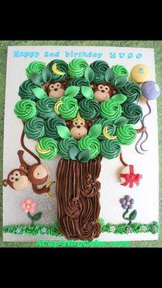 So cute, cupcake monkey tree