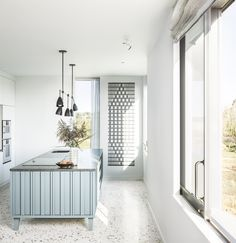 Marsh Hill by Mole Architects - Bespoke Terrazzo Kitchen Floor Terrazzo Flooring, Best Flooring, Kitchen Flooring, Exterior Siding Colors, British Architecture, Bedroom House Plans, Bathroom Floor Tiles, Facade House, Modern Interior Design