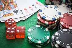 zaman sekarang yang hampir seluruhnya dimudahkan menggunakan jaringan online, tetap saja sulit untuk menemukan Agen Judi Poker Online yang memberi keamanan