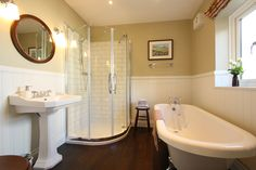 Luxury Holiday Cottage with Roll Top Bath in Northumberland