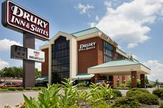 Green and Glassie: Drury Inn & Suites made traveling with Diesel so easy!