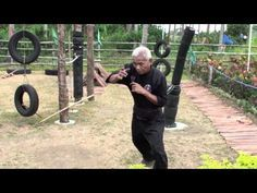 The Bladed Hand: Arnis Village with Rodel Dagooc and Bert Labaniego - YouTube Filipino martial arts. Eskrima and Arnis
