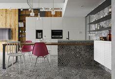 Lo stile eclettico di una casa trasformabile, nata per le feste