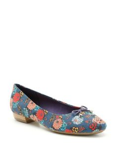 Clarks ☆ blue leather shoes