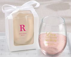 Shedding the stem for a graceful presentation, this 9 oz stemless wine glass favors makes a unique personalized wedding favor. Pair it with one of the available gift boxes for a unique wedding favor guests will love.
