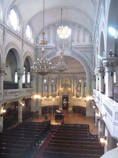 Google Image Result for http://travel.ctomberg.com/Argentina/images/Day_15/IMG_3320_r1_Ashkenazi_Synagogue.JPG