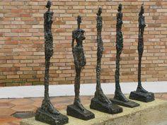 """""""Femmes de Venise"""" Cour Giacometti de la Fondation Maeght."""