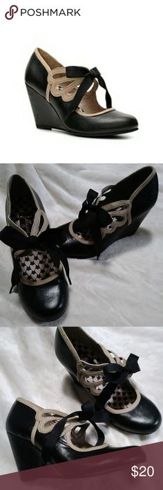 Jellypop Voleta *** RETRO *** Wedges (NWOT) Black and cream platform wedge stand up with retro Mary Jane styling. Shoes Wedges