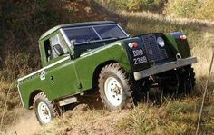 History of Land Rover Series IIA and Smiths Gauges Land Rover Truck, Land Rover 88, Land Rover Defender, Best 4x4, Off Road, Car In The World, Range Rover, Landing, Cool Photos