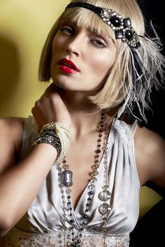 Flapper Trend for Evenings 2014. More inspiration at: http://www.valenciamindfulnessretreat.org