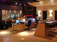 155587d1264796325-looking-inout-control-room-design-studioa_controlroom.jpg (600×450)