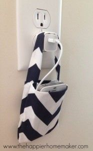 Crafts to Make and Sell - Easy DIY No Sew Phone Charging Pouch - Cool and Cheap Craft Projects and DIY Ideas for Teens and Adults to Make and Sell - Fun, Cool and Creative Ways for Teenagers to Make Money Selling Stuff to Make http://diyprojectsforteens.com/crafts-to-make-and-sell-for-teens
