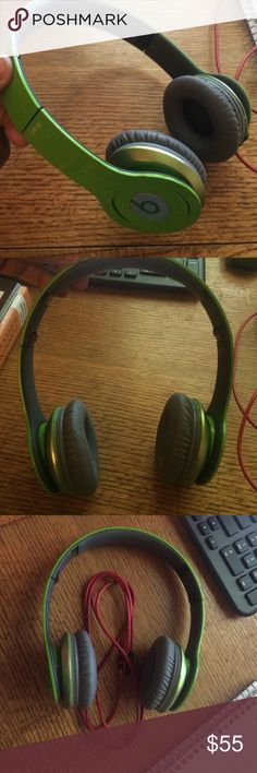 ce36a814d9d Beats Solo HD On-Ear headphones 🎼 BNIB | Beats solo hd, Beats solo and Ear  headphones
