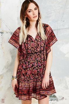 Shop Ecote Gauze Dress at Urban Outfitters today. We carry all the latest styles, colours and brands for you to choose from right here. Hipster Fashion, Boho Fashion, Fashion Outfits, Gauze Dress, Jumpsuit Dress, Urban Dresses, Boho Chic, Bohemian, Spring Summer Fashion