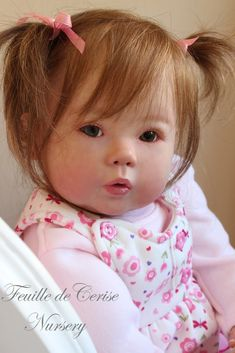 Feuille de Cerise Nursery Reborn Girl Toddler Doll Kana by Ping Lau Poupée