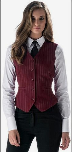 Girl Dressed In New Work Uniform With White Shirt Black Ti… Androgynous Fashion, Tomboy Fashion, Suit Fashion, Look Fashion, Girl Fashion, Fashion Outfits, White Shirt Black Tie, Mode Costume, Modelos Fashion